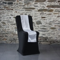 Ceinturage satin blanc sur housse lycra noire, Anne-C