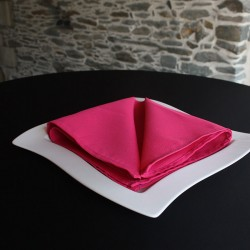 Serviette de table fuchsia 100% polyester, Anne-C