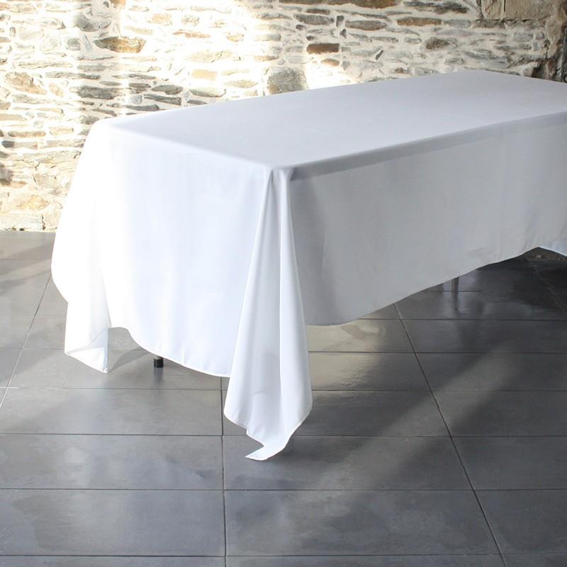 nappe 180  x 180 100%polyester blanc, idéale pour une table ronde comme pour une table carrée, Anne-C